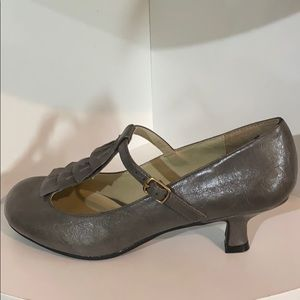 Madden girl t-strap shoes